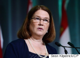 Philpott To Stop Using Limo Service After Tories Call Out Hefty Bill