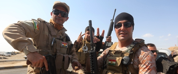 PESHMERGA FIGHTERS VICTORY SIGN