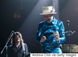 Canadians Cried With Gord Downie That Moment He Fought Tears Onstage
