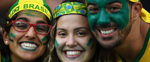 BRAZILIAN FANS CHEER OLYMPIC