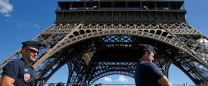 PARIS E