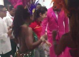 Carolina Marín se despide de Río con este bailoteo en el aeropuerto