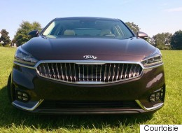Premier contact Kia Cadenza 2017 : luxe discret (PHOTOS)