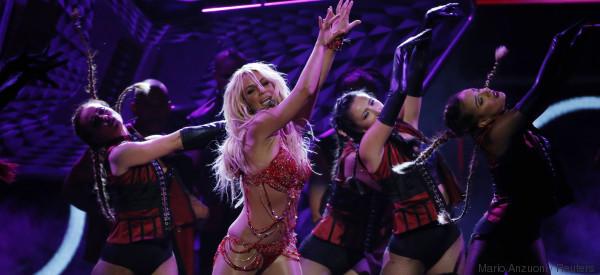 La chanson en français de Britney Spears est disponible (et on ne comprend vraiment rien)