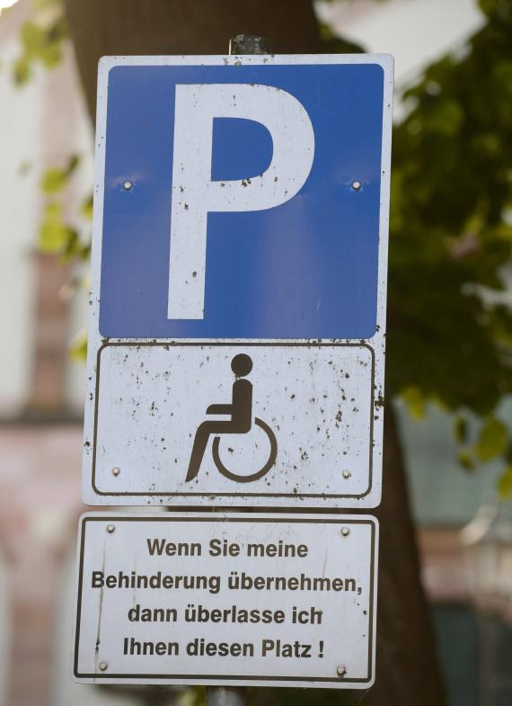 behindertenparkplatz