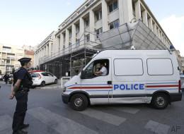 À Paris, des coups de feu provoquent un début de panique sur les réseaux sociaux