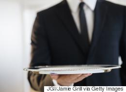 Des serveurs révèlent ce qu'ils ne commanderaient JAMAIS au restaurant
