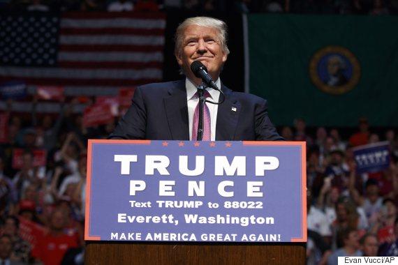 Donald Trump meets Mexican president, reaffirms he'll build a wall