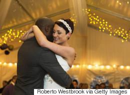 Elle poursuit son photographe après que la vidéo de son mariage est devenue virale (VIDÉO)