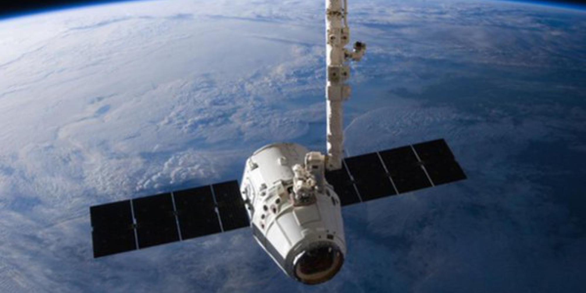 Las espectaculares imágenes espaciales del astronauta Jeff Williams: www.huffingtonpost.es/2016/09/03/imagen-astronauta-espacio_n...