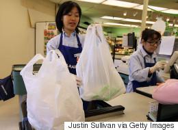 Québec solidaire souhaite interdire les sacs en plastique partout au Québec