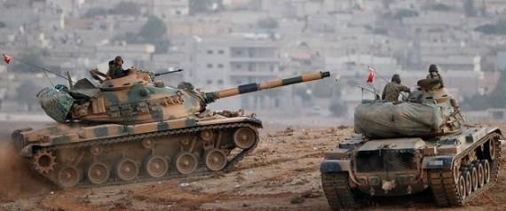 "تركيا تعلن ""داعش"" معاقله الحدود n-TURKIS-BORDER-large570.jpg"