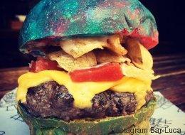 Ils ont créé un burger arc-en-ciel inspiré par Willy Wonka