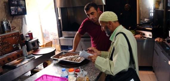 ليعلِّم الأتراك قراءة القرآن o-ASMAYLHQY-570.jpg?6