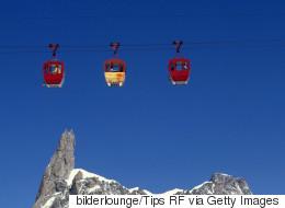 Nuit vertigineuse pour 45 personnes bloquées dans un téléphérique du Mont-Blanc