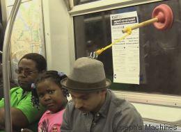 Le gadget ultime pour faire une sieste dans le métro