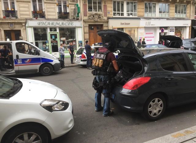 Intervention des forces de l'ordre dans le centre de Paris
