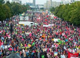 Zehntausende Demonstranten gegen TTIP und Ceta