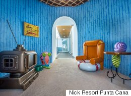 땅 위에 있다는 것만 빼면, 스폰지밥의 집과 똑같은 곳이 생겼다 (사진)