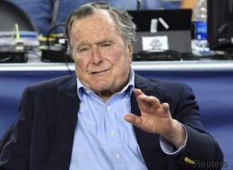 Entre Hillary Clinton et Donald Trump, George Bush a choisi