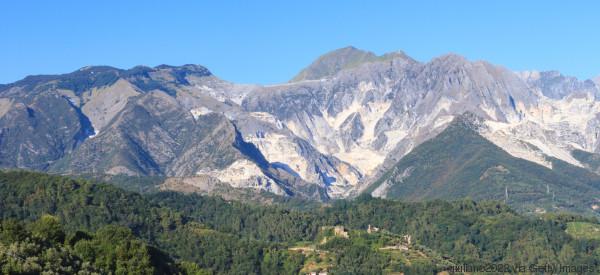 I monti non ricrescono, salviamo le Alpi Apuane