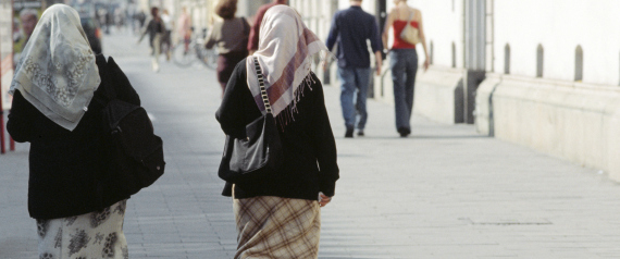 WOMEN MUSLIMS IN GERMANY