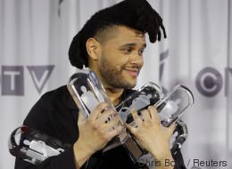 The Weeknd ne ressemble plus à ça
