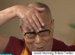 Le Dalaï Lama se moque de Donald Trump (VIDÉO)