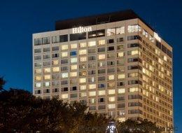 Les syndiqués du Hilton Québec s'entendent avec la direction