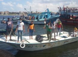من يتحمل مسؤولية غرق مركب اللاجئين قبالة السواحل المصرية؟