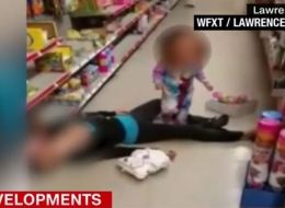 فيديو لأمٍّ مرميَّة على الأرض يثير غضب وتعاطف ملايين الأميركيين في نفس الوقت.. إليكم القصَّة