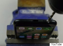 Don't Drill A Headphone Jack In Your iPhone 7, Genius