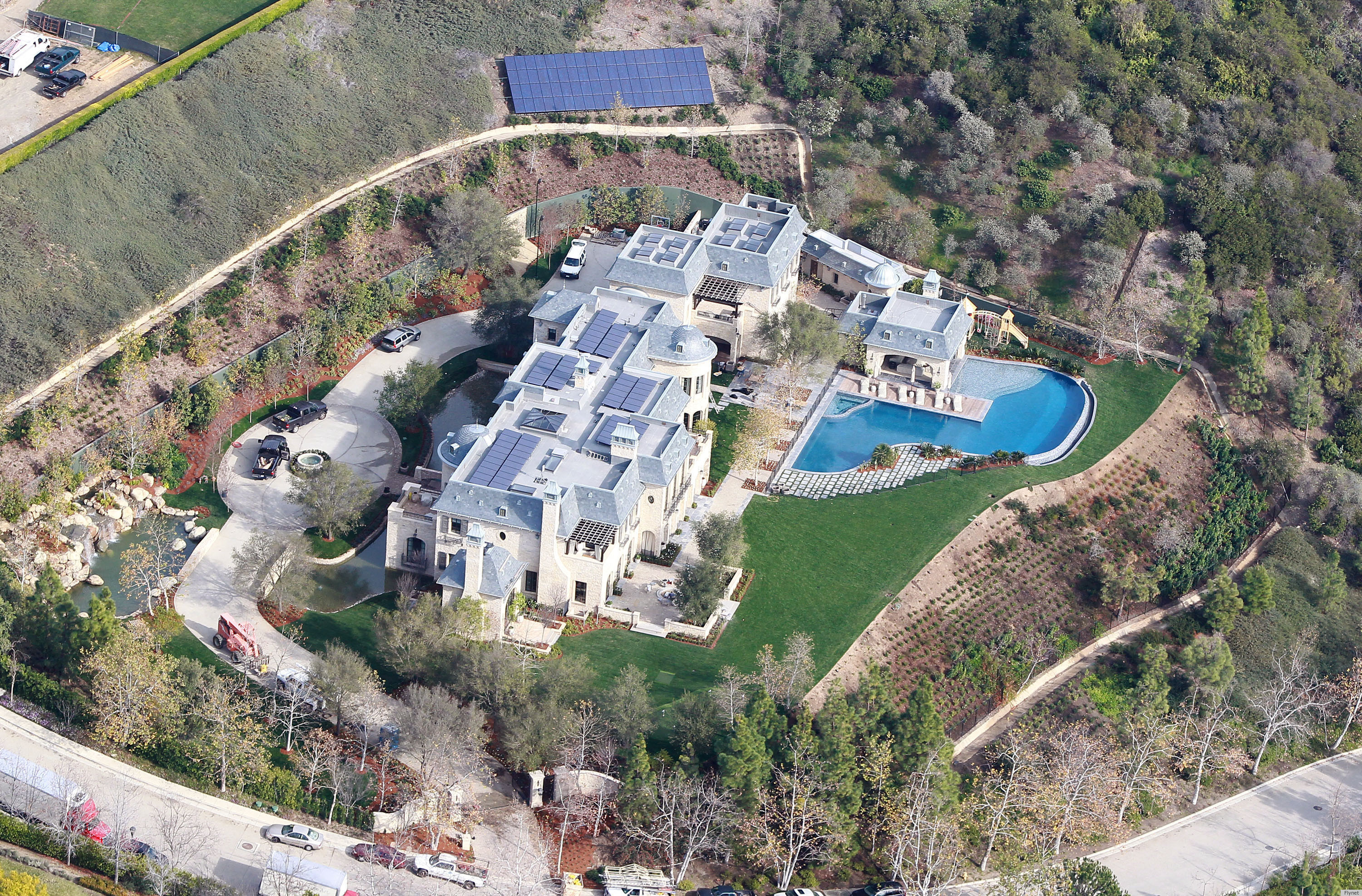 Gisele tom brady 39 s new house in california is bigger Tom brady gisele bundchen brookline house