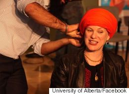 Turban-Tying Event Fights Racism Against The Sikh Community