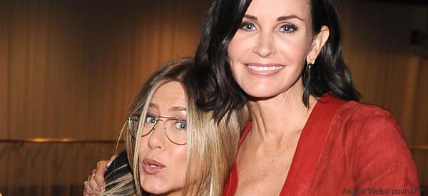 Courtney Cox en a marre que Jennifer Aniston soit associée au divorce de Brad Pitt