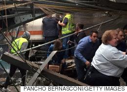 오늘 뉴저지의 통근열차가 뉴욕행 환승역의 승강장을 덮쳤다(현장사진)