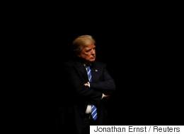 이 신문사는 '트럼프 만큼은 안 된다'고 밝혔다