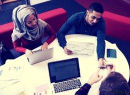 Junge Muslima: Ich möchte mit Kopftuch Vorbild sein und Karriere machen