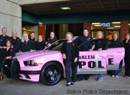Cette voiture de police est rose pour la bonne cause
