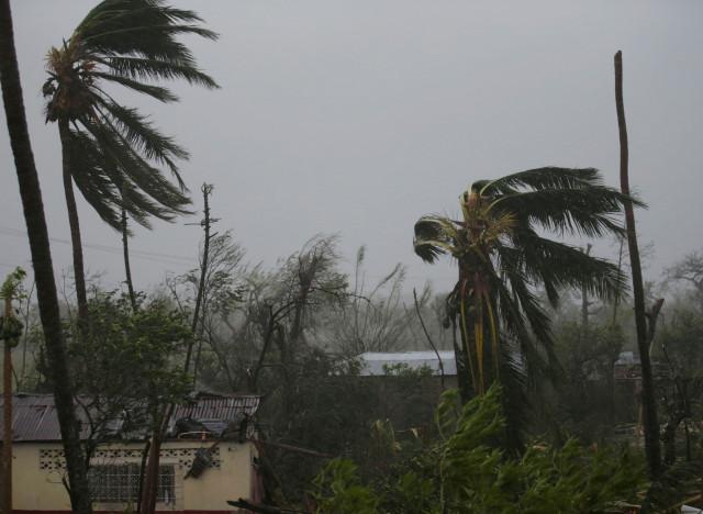 Ouragan Matthew : 1,5 million d'habitants évacués des côtes de Floride