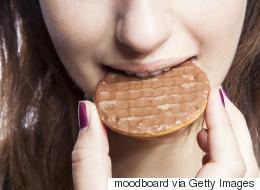 Manger entre les repas fait-il engraisser?
