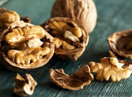 Le noci fanno bene al cuore (ma occhio alle calorie). Le raccomandazioni dei nutrizionisti