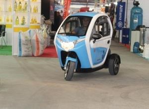 سيارة تركية بثلاث عجلات فقط! n-S-large300.jpg