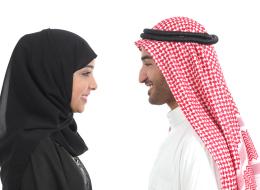 رجل جديد في العائلة.. سعودي يحكي تجربته الأولى مع أسرة زوجته
