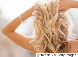 Cinq astuces pour entretenir une chevelure colorée blonde