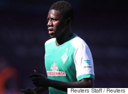 이 축구선수는 난민으로 독일에 와서 2년 만에 1부리그 골을 넣었다