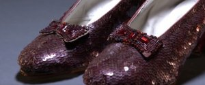 CHAUSSURES ROUGES OZ