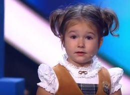 لن تصدق.. عمرها 4 سنوات فقط لكنها تتحدث 7 لغات منها العربية