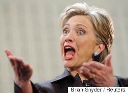 Hillary Clinton apparait nue et avec des sabots à New York