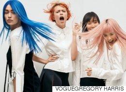 Gigi Hadid a les cheveux bleus!